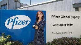 Farmacéutica  Adriana Belardinelli Directora de la planta de  Pfizer Argentina (parte 2)